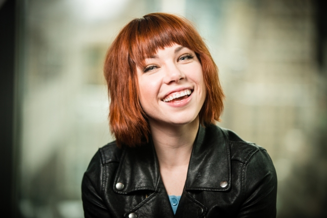 USA TODAY interviews Carly Rae Jepsen, promotes her new single